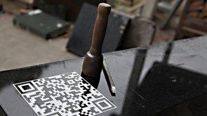 QR-Code auf einem Grabstein