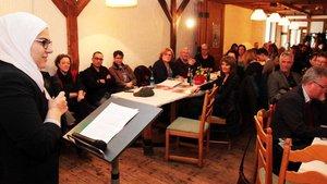 Donia Basal bei ihrem Vortrag zum Auftakt der Caritas-Kampagne. | Foto: pd