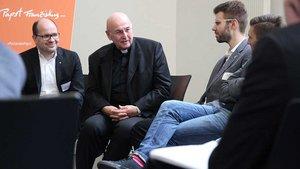 Die Diskussionsrunde fand in der Aula der katholischen Studierenden- und Hochschulgemeinde statt. | Foto: Martin Schmitz