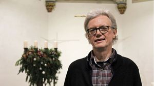 Seit zehn Jahren ist Heinz-Ulrich Tenkotten Küster in der St-Georg-Kirche in Marl. | Foto: Melanie Ploch