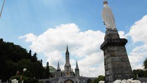 Neben religiösen Zielen wie Lourdes stehen in anderen Reisen auch Natur und Kultur im Mittelpunkt – wie es jedem beliebt. | Archivfoto: Michael Bönte