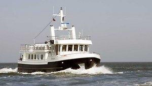 Die MS Horizont ist eines von demnächst zwei Bestattungsschiffen der Reederei Albrecht. | Foto: privat