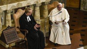 Papst Franziskus bei seinem Besuch der deutschen lutherischen Gemeinde in Rom 2015