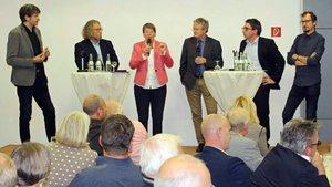 Einer lebhaften Diskussion mit fünf eingeladenen Bundestagskandidaten für den Kreis Kleve folgten rund 180 Zuhörerinnen und Zuhörer.