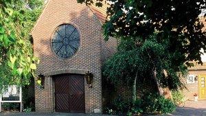 Sechs Gläubige auf 50 Plätzen: So sah es zuletzt in der Kirche St. Josef in Rodenkirchen aus. | Foto: Willi Rolfes