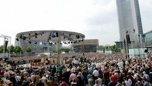 Messfeier unter freiem Himmel beim Katholikentag 2016 in Leipzig.