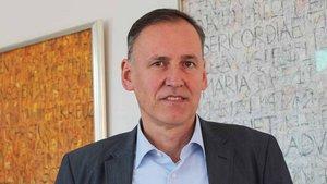 Professor Michael Fischer