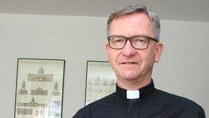 Antonius Hamers, Leiter des Katholischen Büros in Düsseldorf. | Foto: Jens Joest