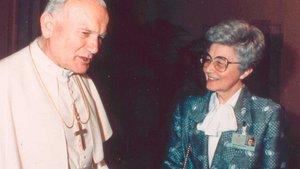 Chiara Lubich mit Papst Johannes Paul II.