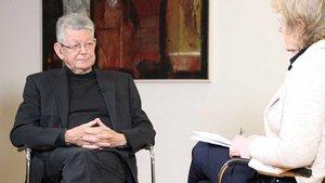 Bischof Erwin Kräutler im Gespräch mit Redakteurin Karin Weglage. | Foto: Martin Schmitz