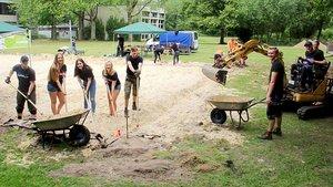 Aufpeppeln des Beachvolleyballplatzes in Polsum