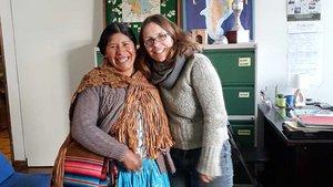 Dona Rosa und Ruth Overbeck de Sumi.