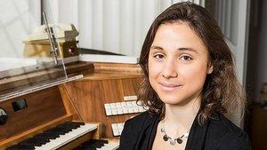 Die Kirchenmusikerin Maryam Haiawi aus Hamburg gestaltet das erste Orgelkonzert in der Osterzeit am Samstag, 7. April. | Foto: Duesenberg (pd)