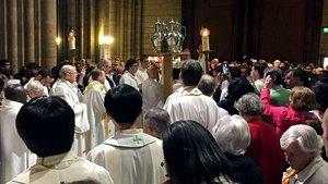 Weihe der heiligen Öle in der Chrisam-Messe.