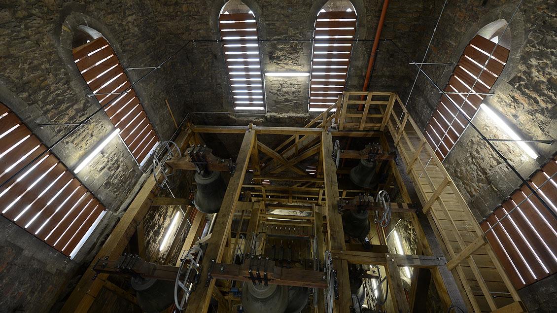 Der Südturm des Dom mitsamt Geläut.
