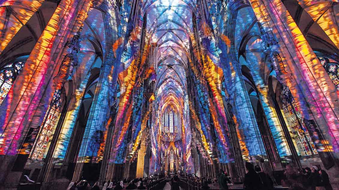 Lichtinstallation im Kölner Dom: Lux Eucharistica