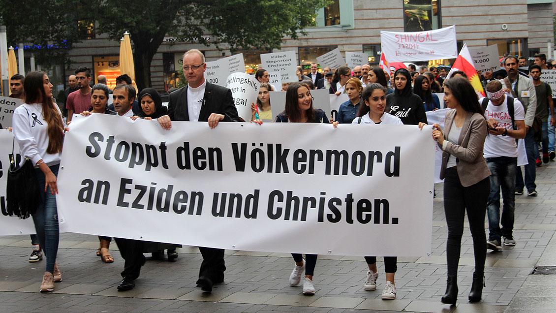 Christen und Jesiden gedenken gemeinsam der Verfolgten