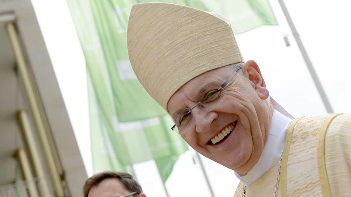 Foto: Bischof Heinrich Timmerevers beim Katholikentag in Leipzig.