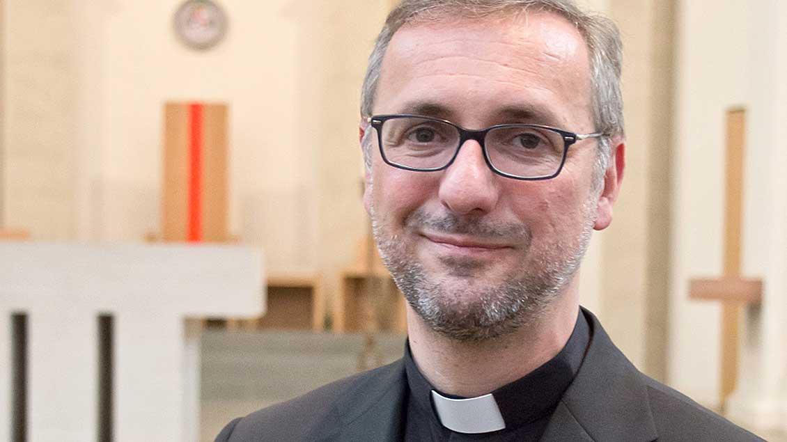 Der Flüchtlingsbeauftragte der katholischen Kirche, Erzbischof Stefan Heße.