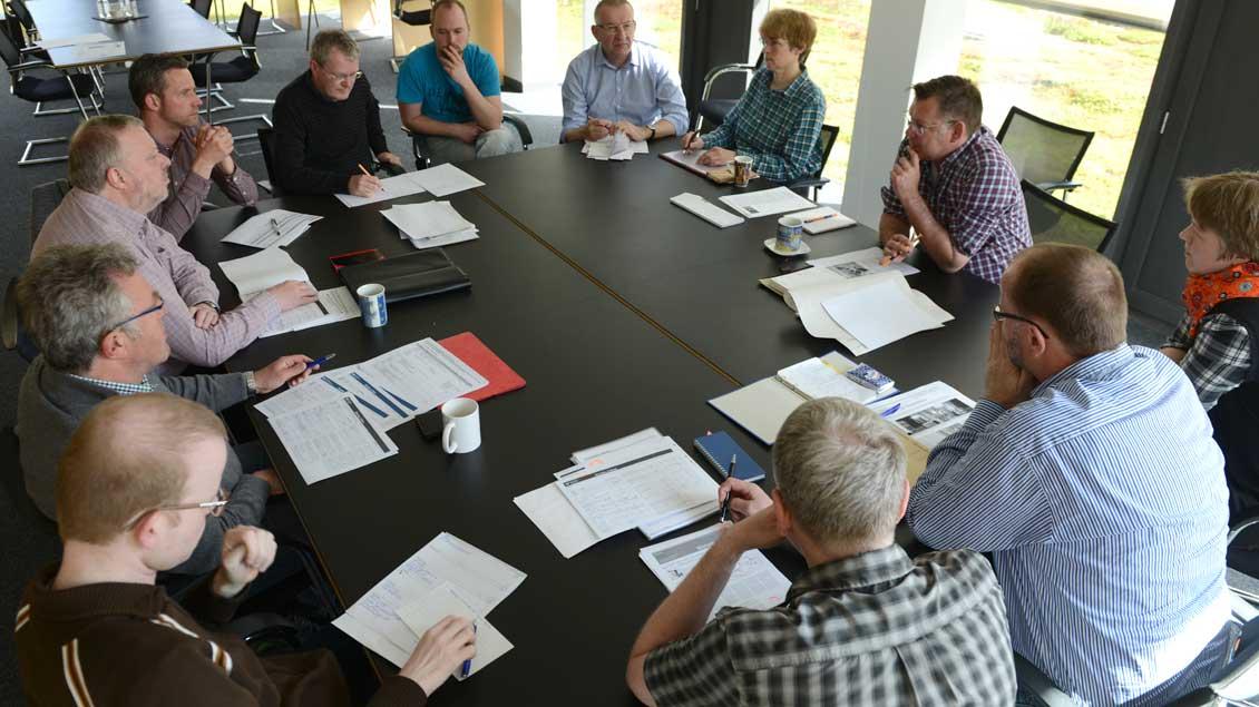 Die Redaktion von Kirche+Leben während ihrer Redaktionskonferenz.