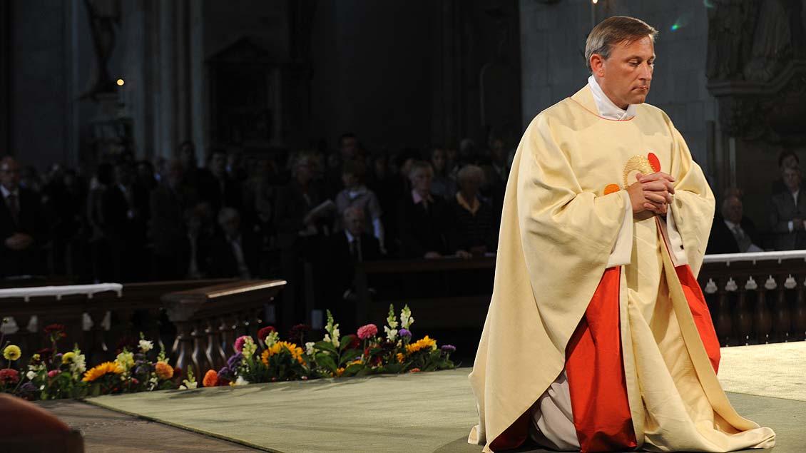 Weihe im Augst 2010: Wilfried Theising im St.-Paulus-Dom in Münster.