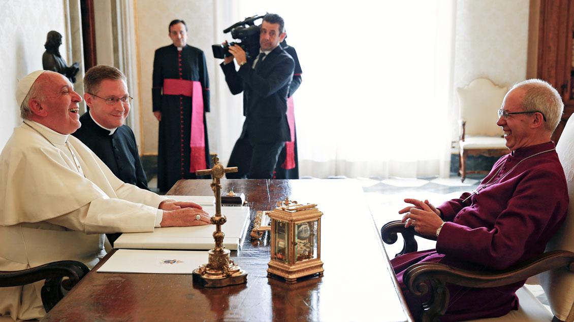 Papst Franziskus und der anglikanische Primas Justin Welby.