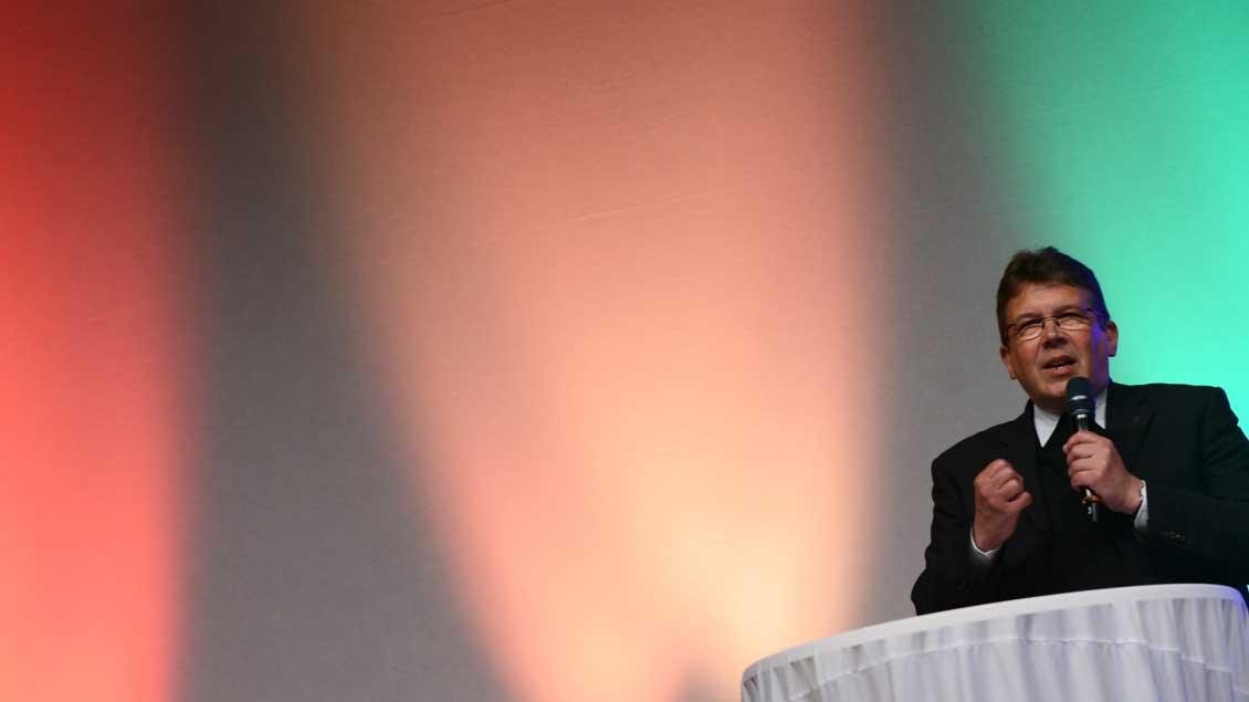 Pater Manfred Kollig, bislang Leiter der Hauptabteilung Seelsorge im Bischöflichen Generalvikariat Münster, wird Generalvikar des Erzbistums Berlin. Foto: Michael Bönte