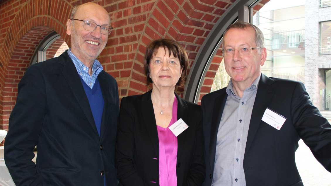 (von links) Professor Reinhard Wiesner, Barbara Kick-Förster und Norbert Pastoors.