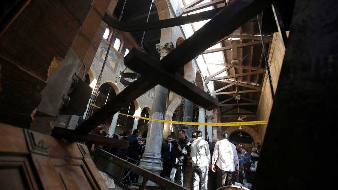 Die Koptische Kathedrale in Kairo nach dem Anschlag am Sonntag.