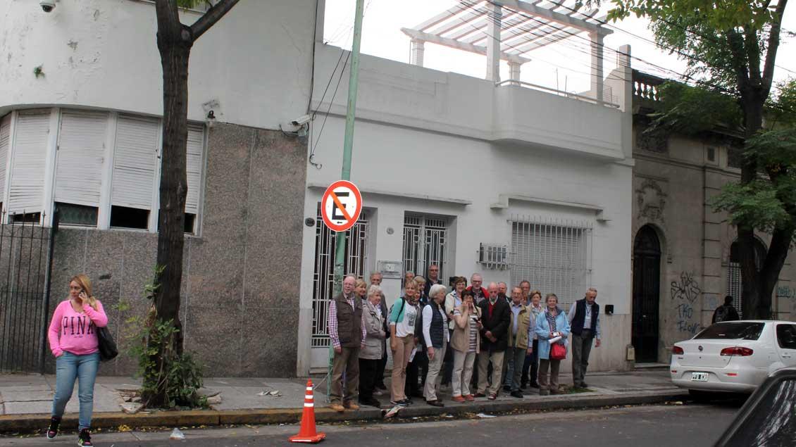 Das Geburtshaus von Jorge Mario Bergoglio liegt in der Straße Varela in Flores, einem Stadtteil der argentinischen Hauptstadt Buenos Aires. | Foto: Karin Weglage