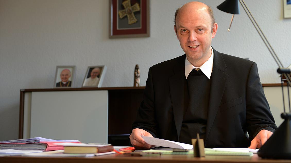 Offizial Kurt Schulte.