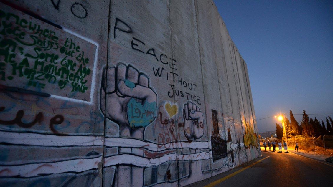 Grenzmauer Israels zu den palästinensischen Gebieten, hier bei Bethlehem.