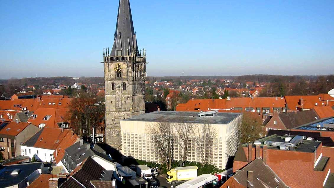 In der Ahauser St.-Mariä-Himmelfahrt-Kirche findet am Freitag ein Gedenkgottesdienst für die getötete Flüchtlingshelferin statt.