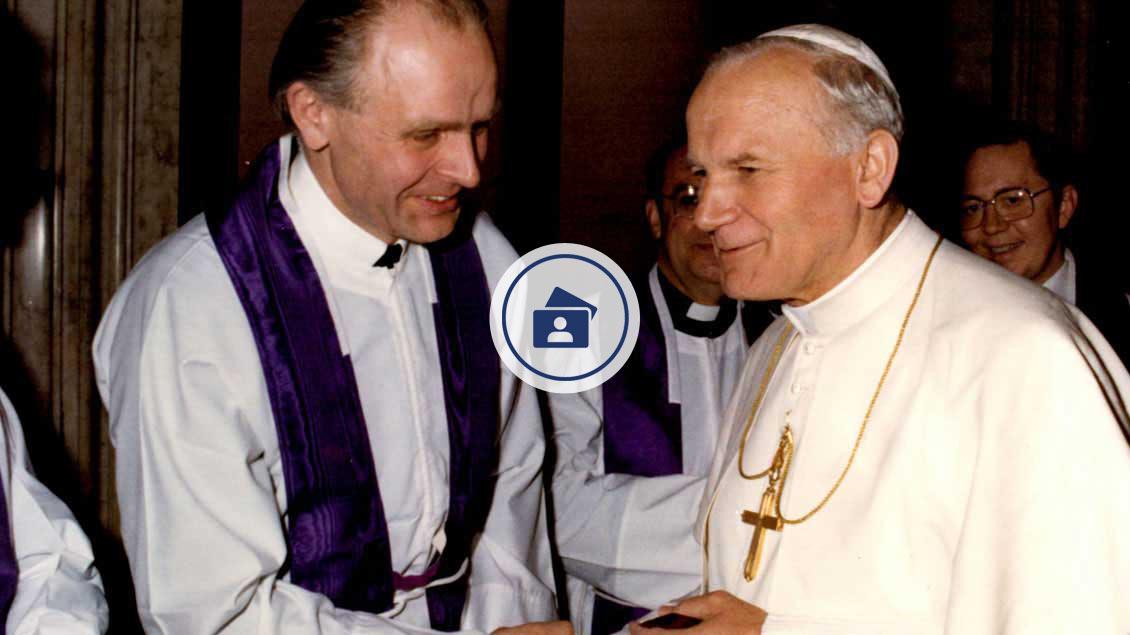Treffen mit Papst Johannes Paul II. während einer Tagung der Leiter deutschprachiger Priesterseminare 1981 in Rom. | Foto: Archiv