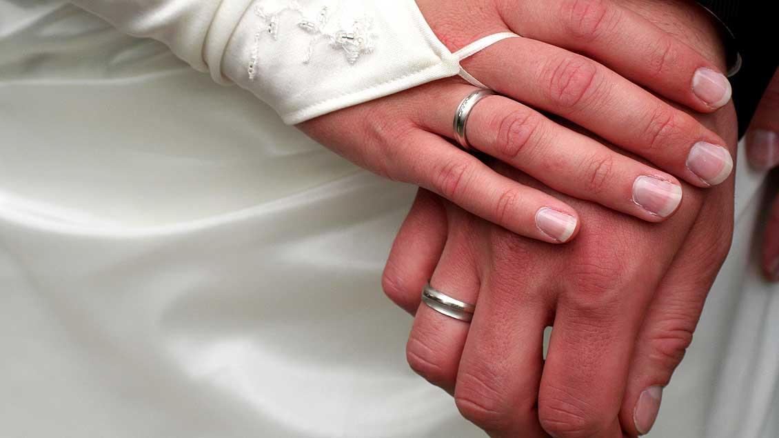 Zwei Jungverheiratete.
