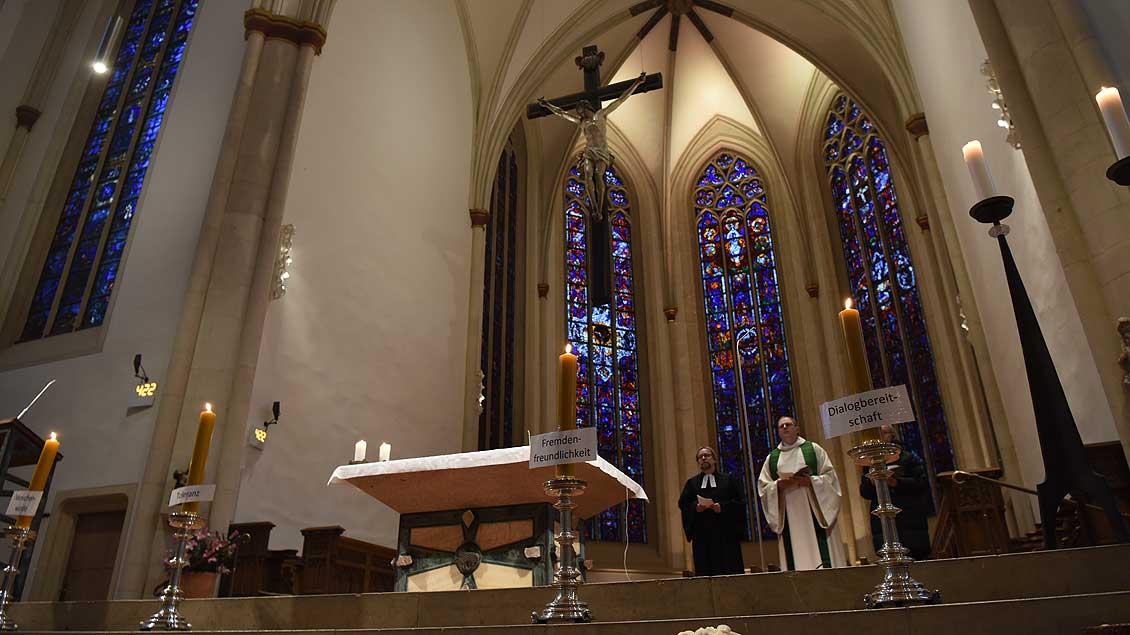 Vor der Demonstration auf dem Prinzipalmarkt gab es einen ökumenischen Friedensgottesdienst in der Überwasserkirche in Münster. | Foto: Michael Bönte