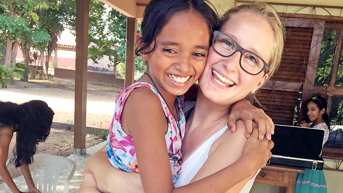 BWL-Studentin Hanna Richter hat bei ihrem Praktikum neue Freunde gefunden.