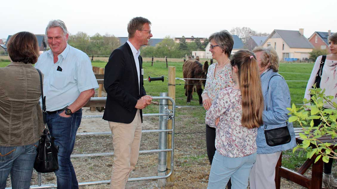 Gespräche an der Eselweide Foto: Annette Saal