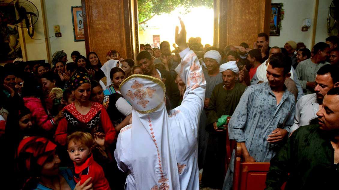 Koptischer Gottesdienst in einem Vorort der ägyptischen Hauptstadt Kairo.