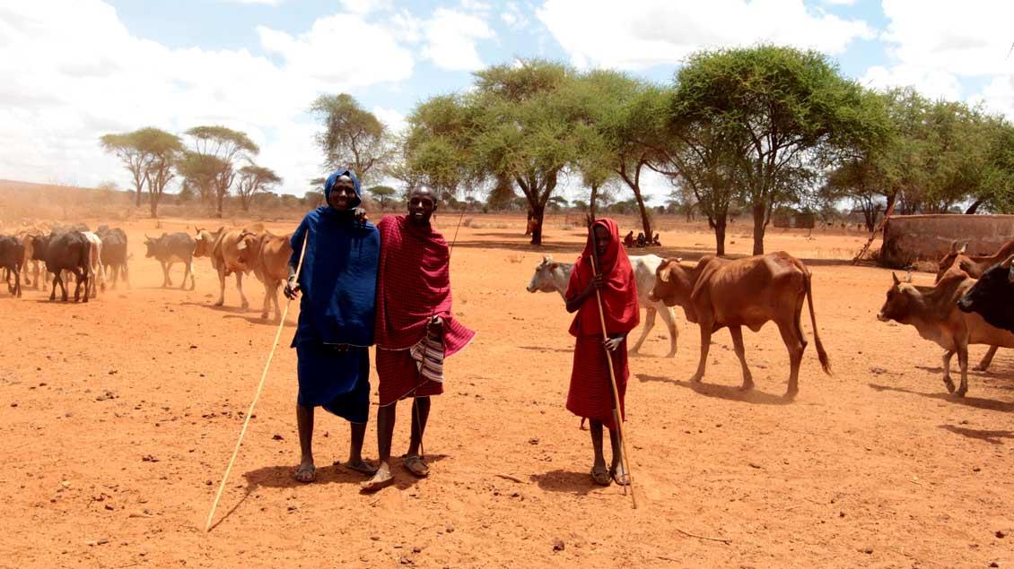 Hirtenkinder in Tansania.