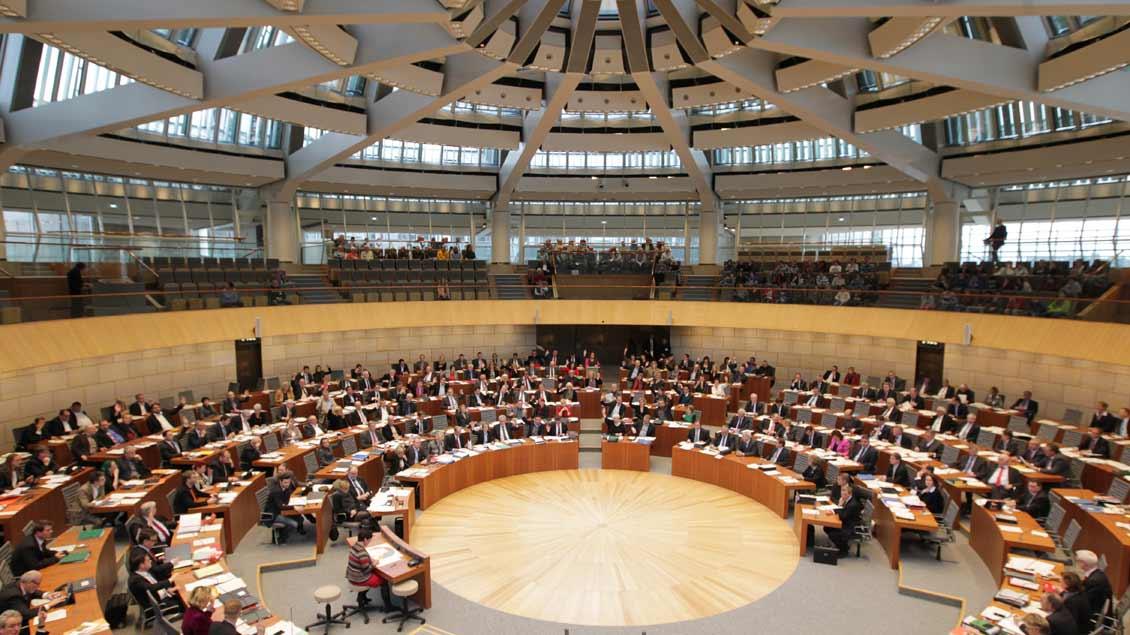 Plenarsaal des Landtags von Nordrhein-Westfalen in Düsseldorf.