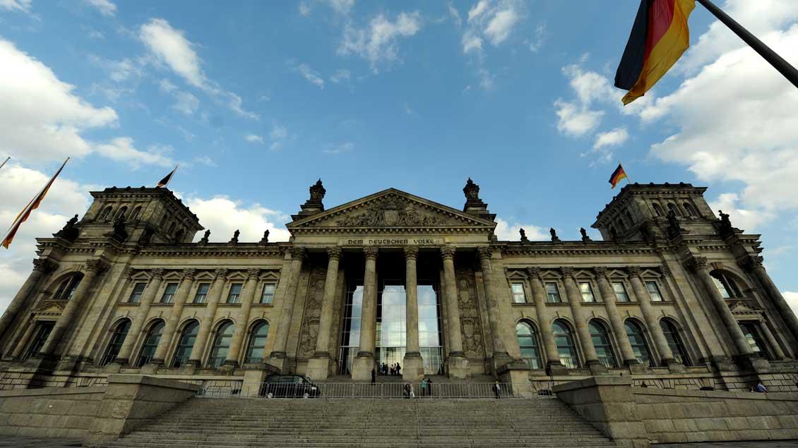 Der Reichstag in Berlin - Sitz des Deutschen Bundestags.