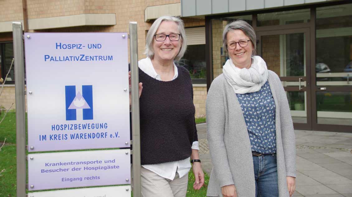 Christa Heckenkemper (links) und Monika Beumer verfügen über jahrelange Erfahrung in der Sterbe- und Trauerbegleitung Foto: Marita Galka