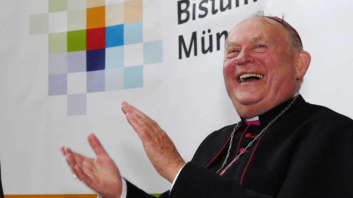 Friedrich Ostermann bei seiner Verabschiedung als Weihbischof im Jahr 2007. Foto: Michael Bönte
