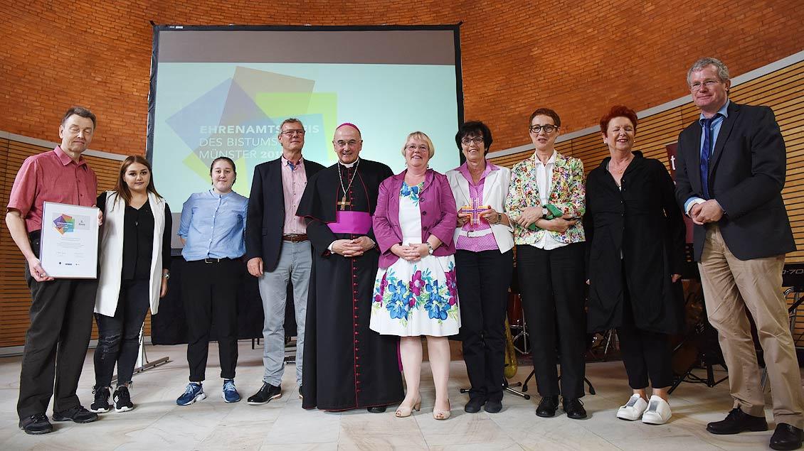 Gruppenfoto vom zweiten Siegerteam: Die Ausbildungspaten aus Recklinghausen. | Foto: Michael Bönte