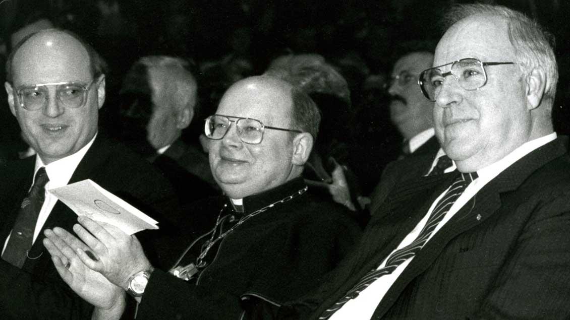 Kohl und Weihbischof Josef Voß
