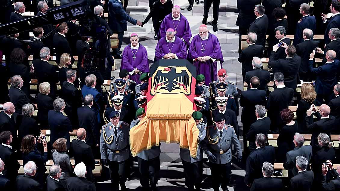 Helmut Kohl - Trauerfeier in Speyer Foto: Reuters