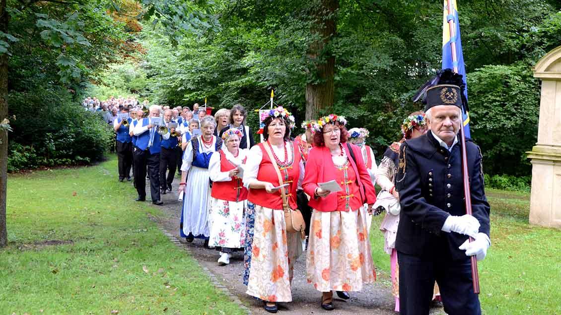 Gottesdienst, Musik, heimische Spezialitäten und Begegnung prägten die Wallfahrt der Schlesier zum Annaberg in Haltern.