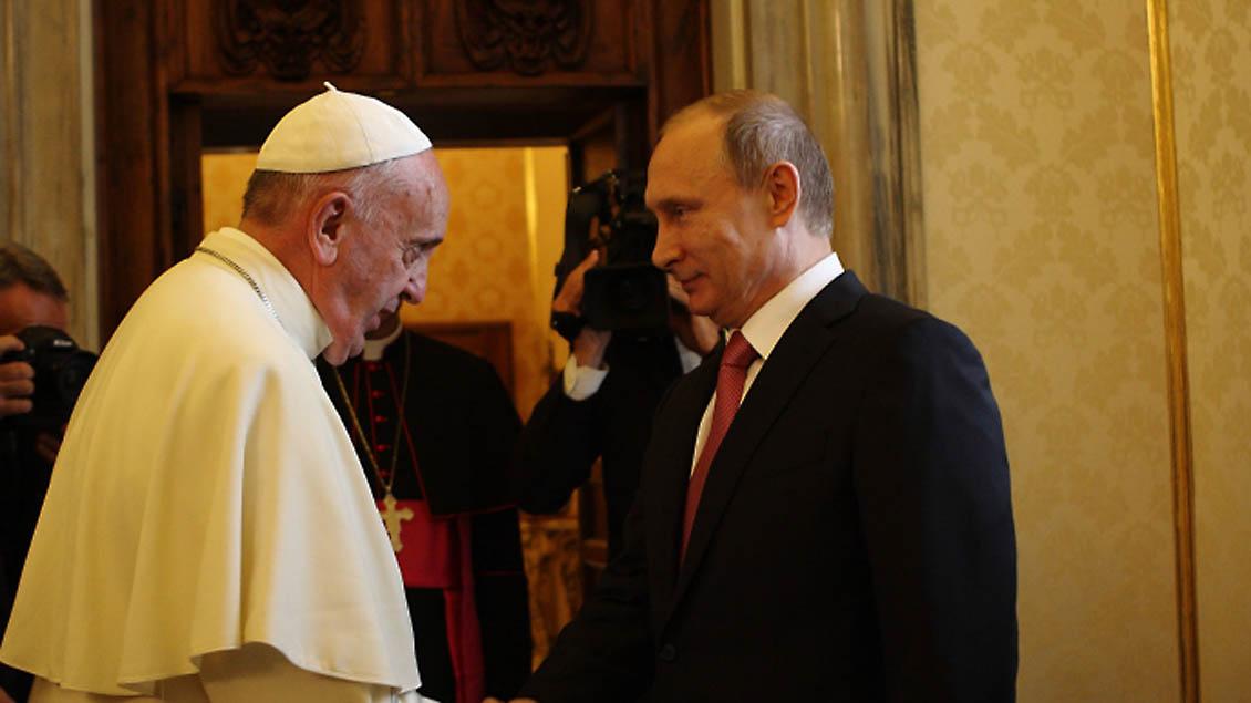 Der Vatikan will in Moskau vermitteln