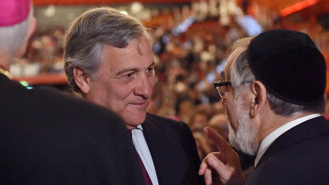 Auch der Präsident des Europäischen Parlaments, Antonio Tajani war zur Eröffnung des Weltfriedenstreffens in Münster gekommen. | Foto: Michael Bönte